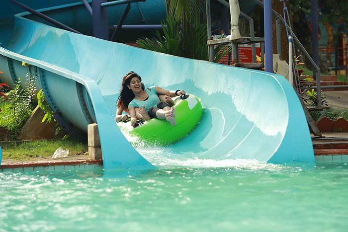 Wild-raft-ride